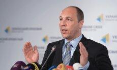 Kijeva separātistu kaujiniekiem varētu piedāvāt iespēju nolikt ieročus un pamest Ukrainas teritoriju