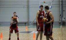 Latvijas basketbola izlase uz Serbiju dodas bez debitanta Pastušeņas