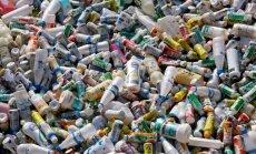 EP plāno nākamgad atteikties no plastmasas pudelēm