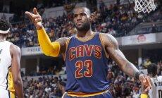 'Cavaliers' ceturto reizi uzvar 'Pacers' un iekļūst konferences pusfinālā