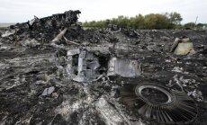 MH17 katastrofa Austrumukrainā: Izmeklētāji atraduši daļu 'Buk' zenītraķetes