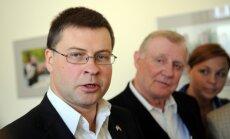 Бывшие премьер-министры: Домбровскис вывел страну из кризиса