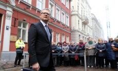 16 фото, на которых Гунтис Белевич передает ценности, а потом уходит в отставку