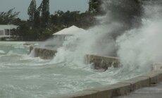 Video: 'Irma' atsegusi okeāna gultni Bahamu salās