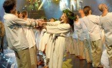 Saulgriežu naktī Neikenkalna estrādē varēs baudīt uzvedumu 'No zobena saule lēca'