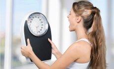 Nekāp uz svariem! Lielāks skaitlis nenozīmē resna, neglīta un slima