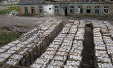 Desmitiem tūkstošu porcelāna izstrādājumu 'mētājas' aiz 'Keramikas' žoga