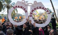 Bijušo Katalonijas līderi sāk tiesāt par neatkarības referenduma rīkošanu