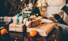 Visgaidītākā Ziemassvētku dāvana Latvijā ir dāvanu karte, liecina aptauja