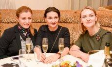 Foto: Rīgas stila gardēži pulcējas smalkā modes burziņā