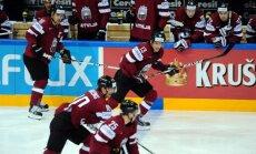 Latvijas hokejistu otrie pretinieki - mājinieki čehi ar veterānu Jāgru priekšgalā