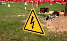 AS 'Sadales tīkls' aicina ziņot par aizdomīgām un nelikumīgām darbībām elektrotīkla tuvumā