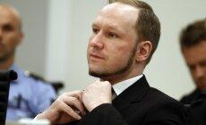 Oslo šāvējs Breiviks uzvar cilvēktiesību prāvā