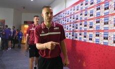No Latvijas U-18 basketbola izlases kā pēdējie tiek atskaitīti Salenieks un Būmeistars
