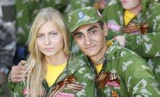 'Tautu draudzība' Krievijas paspārnē: kas notiek nometnēs 'Sojuz – Nasledniki pobedi'