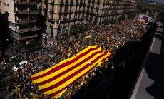 Spānija atceļ Katalonijas finanšu kontroli
