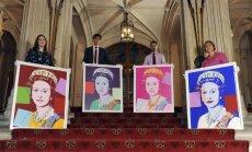 Elizabete II iegādājusies četrus Vorhola darinātus savus portretus