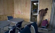 Foto: Haiti un Jamaika gatavojas 'Metjū' – desmitgades spēcīgākajai viesuļvētrai