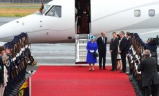 Kāpēc Anglijas karalienei ceļojot nav vajadzīga pase