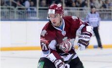 Rīgas 'Dinamo' 'bullīšos' uzvar 'Lokomotiv' un iekļūst LDz kausa finālā