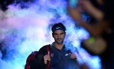 Federers veselības problēmu dēļ šosezon vairs nespēlēs