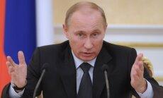 Putins paraksta likumu par bērnu adopcijas aizliegumu uz ASV