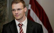 'Nacionāļi' sliecas atbalstīt 'čekas maisu' atvēršanu; koalīcijas partneri diskutēs