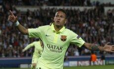 'Barcelona' pietuvojas Čempionu līgas pusfinālam; 'Porto' pārspēj favorīti 'Bayern'