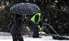 Svētdien gaidāms slapjš sniegs un lietus