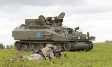 Iespaidīga bruņutehnika un ieroči – zemessargu un karavīru mācības 'Zobens 2016'