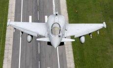 Baltijas gaisa telpā patruļu uzsāk itāļu 'Eurofighter' un dāņu 'F-16'