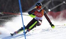 Kalnu slēpotāja Gasūna Phjončhanas olimpiskās spēles noslēdz ar 37. vietu slalomā