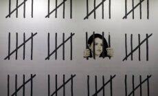 Foto: Banksijs ar jaunu mākslas darbu Ņujorkā protestē pret turku mākslinieces un žurnālistes arestu