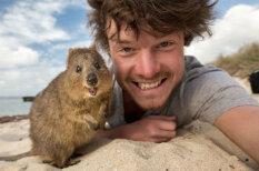 Этот парень в совершенстве познал мастерсто селфи с животными и это круто!