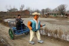 Kā meistarīgie ķīnieši paši sev transportlīdzekļus būvē