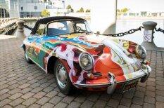 Pārdod leģendāro 'puķu bērnu' auto – Dženisas Džoplinas 'Porsche'