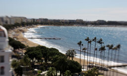 На французской Ривьере демонтируют искусственный риф из шин: эксперимент провалился