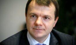 Raidījums: 'Rīgas Centrāltirgus' šefs Abramovs no firmas 'Dezinfa' pieņēmis aizliegtu dāvanu