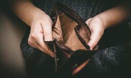 800 eiro dzīvās vecmāmiņas bērēm un citas viltības: kā rīkoties, ja paziņa izkrāpj naudu