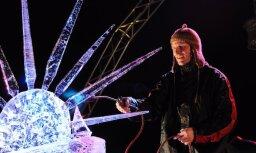 Ledus skulptūru festivāls Jelgavā izraisa nebijušu apmeklētāju interesi