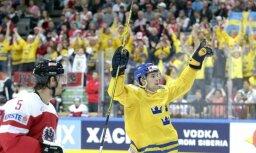 Forsbergam 'hat trick'; Zviedrija pirms spēles pret Latviju nomētā austriešus