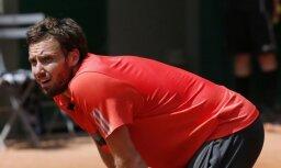 Gulbis ar uzvaru emocionālā mačā turpina ceļu pretī 'French Open' pamatturnīram