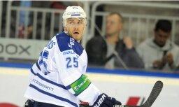 Karsuma pārstāvētā Maskavas 'Dinamo' komanda KHL spēlē 'sausā' piekāpjas Minskas 'Dinamo'