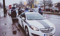 Policija pastiprināti kontrolēs autovadītāju braukšanas joslu pareizu izvēli