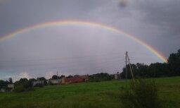 Foto: Krāšņa varavīksne Suntažos