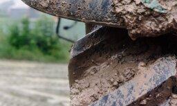 В Кегумском крае трактор въехал в пруд, тракторист утонул