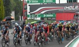 Benets triumfē 'Giro d'Italia' 12.posmā; Neilands ārpus labāko simta