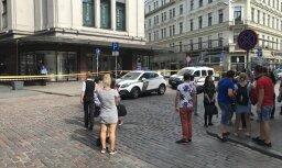ФОТО: эвакуирован торговый центр Galerija Centrs