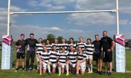 Foto: 'LSPA/Livonia' meitenes izcīna otro vietu turnīrā regbija dzimtenē