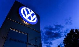 VW varētu nākties atsaukt 124 000 elektrisko un hibrīdautomobiļu